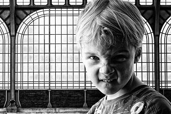 儿童患上焦虑症的主要表现有哪些呢?